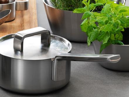 Ustensiles de cuisine de grands fabricants comme Iittala