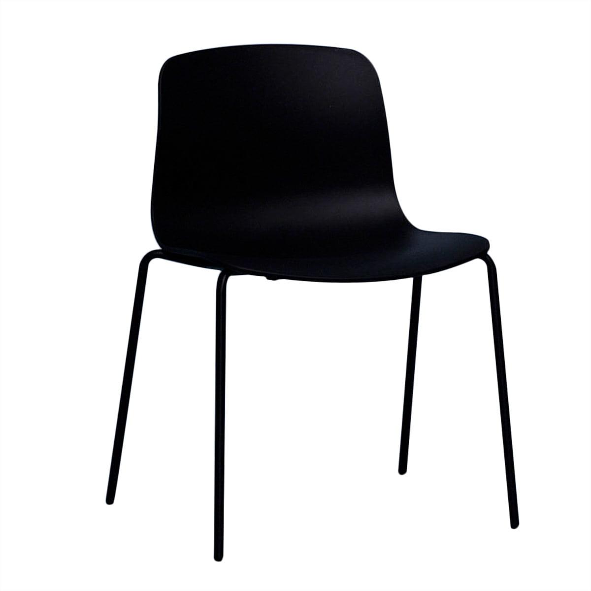 Hay Chaise About A Chaise AAC 16, tube en acier noir noir, patins en feutre