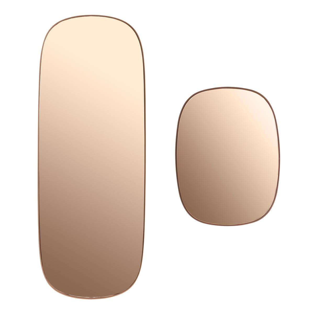 D couvrez le framed miroir de muuto en ligne for Impression en miroir
