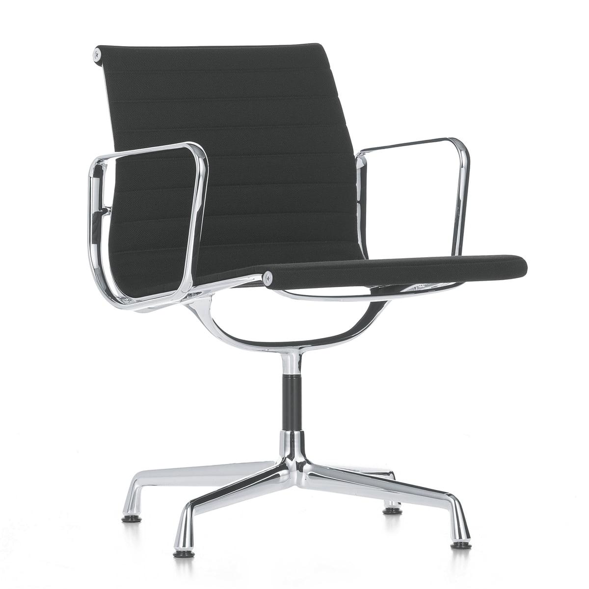 Chaise aluminium group ea 107 vitra connox for Chaise de bureau vitra prix