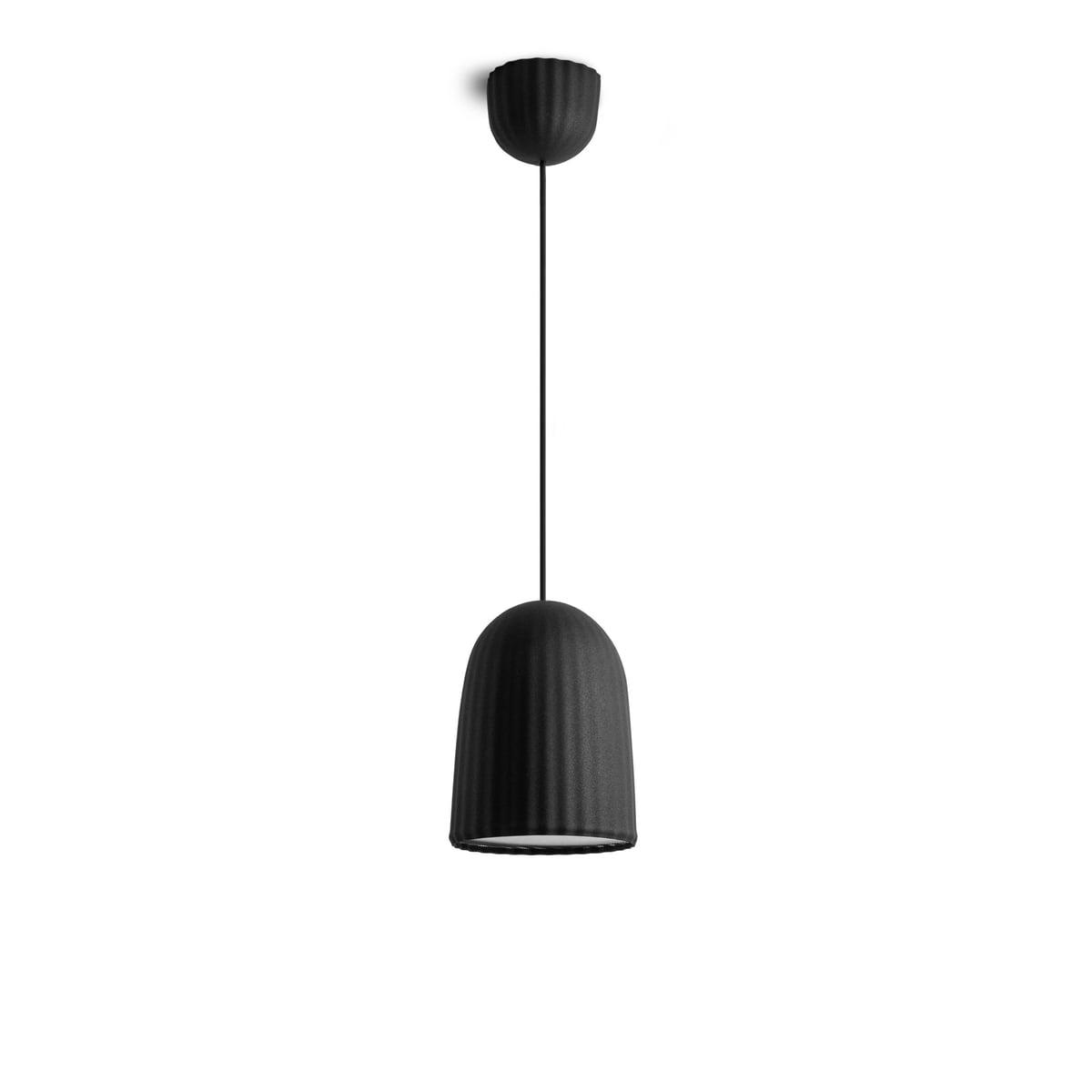 lampe chains par petite friture connox. Black Bedroom Furniture Sets. Home Design Ideas