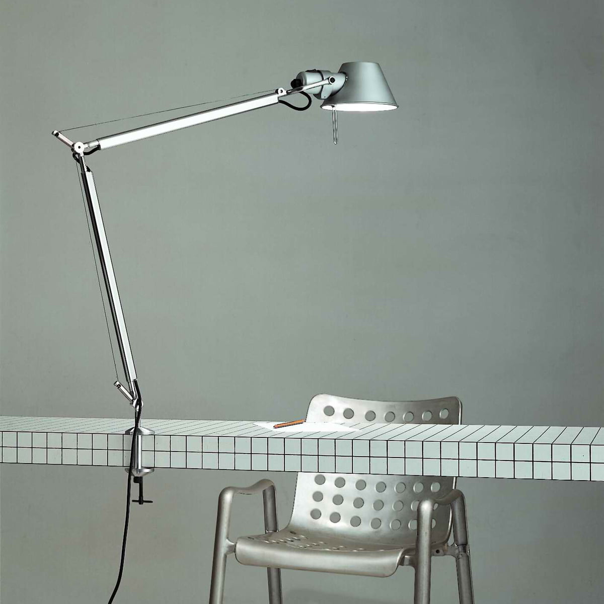 artemide tolomeo lampe de bureau. Black Bedroom Furniture Sets. Home Design Ideas