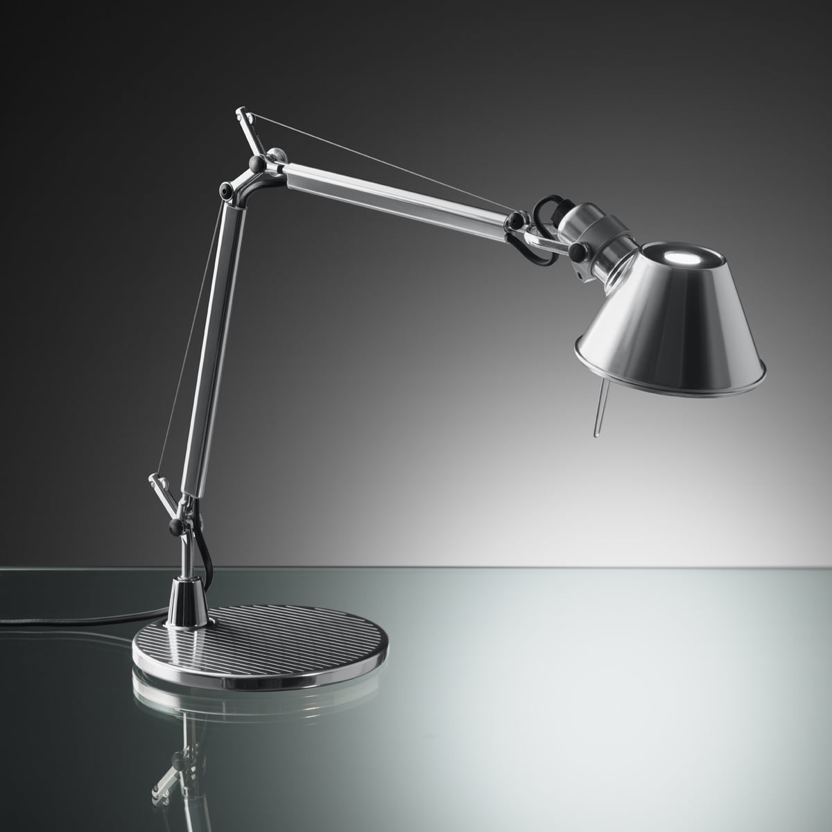artemide tolomeo micro dans la boutique. Black Bedroom Furniture Sets. Home Design Ideas