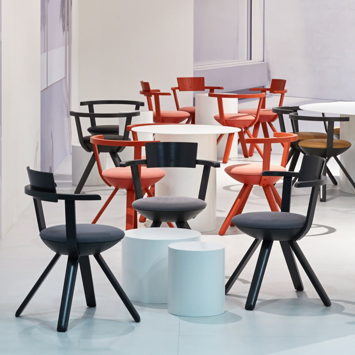 chaise kg 002 rival par artek. Black Bedroom Furniture Sets. Home Design Ideas