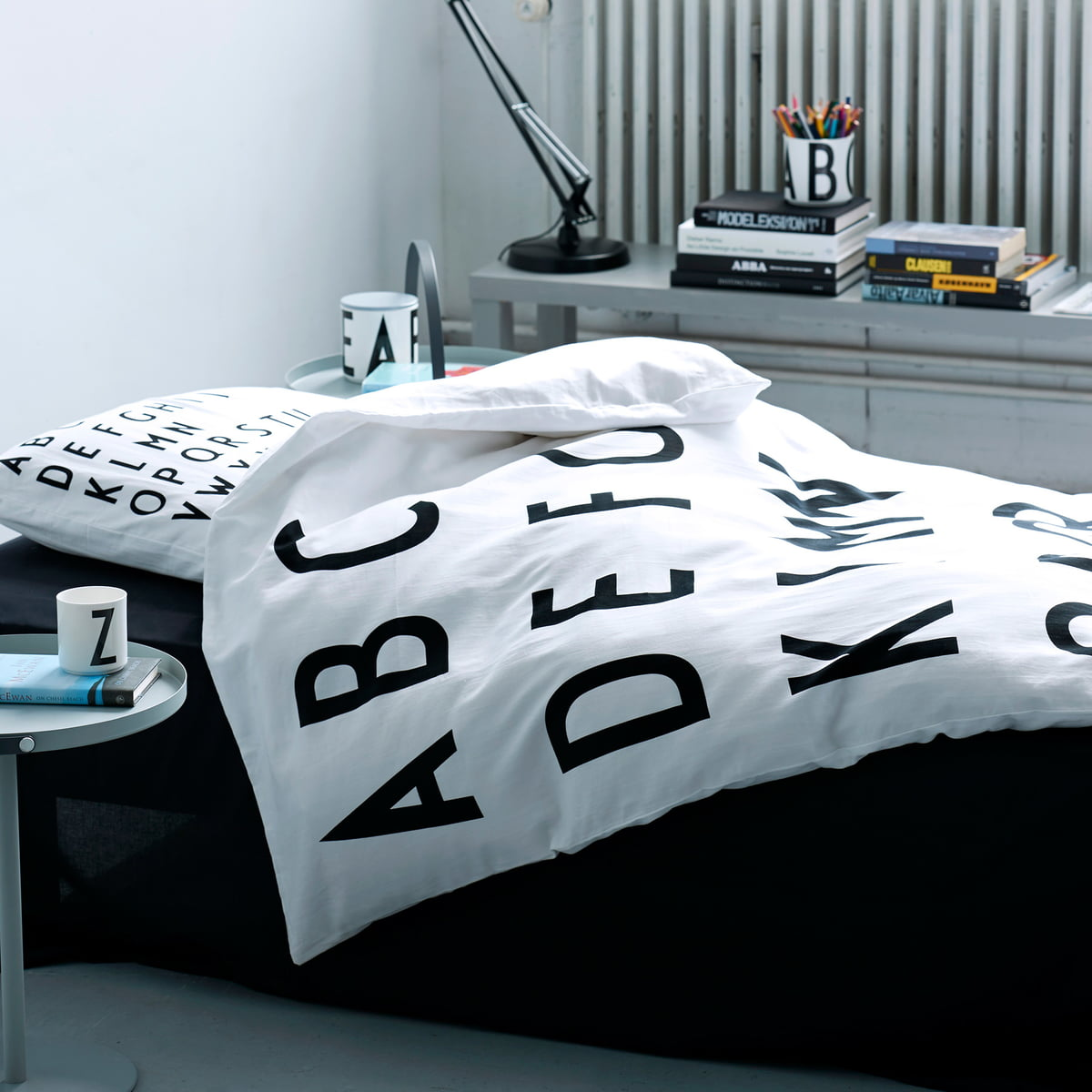 parure de lit abc de design letters. Black Bedroom Furniture Sets. Home Design Ideas