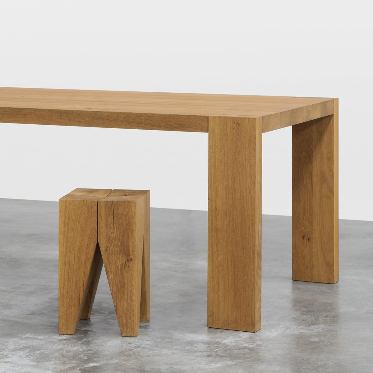 table en bois massif bigfoot d 39 e15. Black Bedroom Furniture Sets. Home Design Ideas