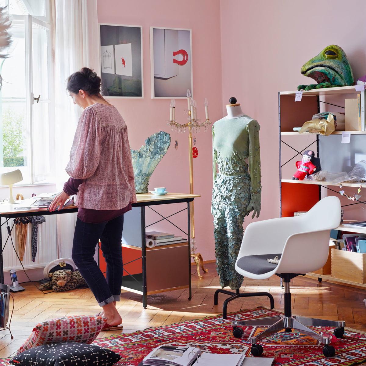 Eames Desk Unit Par Vitra Dans La Boutique