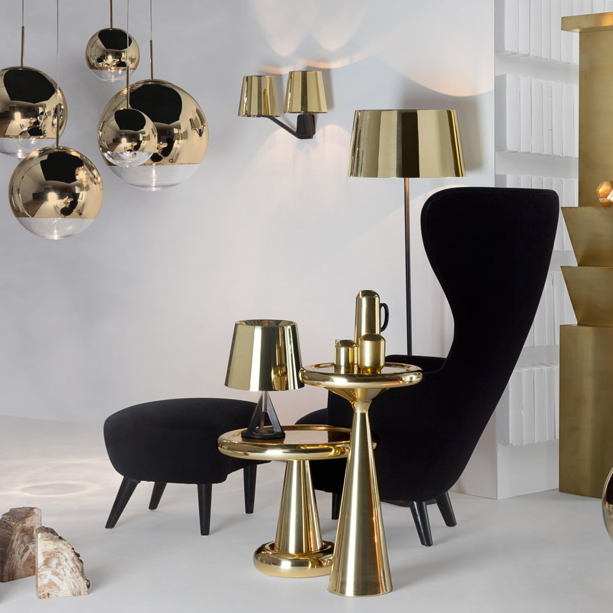 lampadaire base de tom dixon dans la boutique. Black Bedroom Furniture Sets. Home Design Ideas