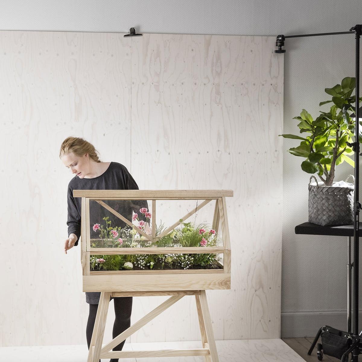 design house stockholm serre greenhouse. Black Bedroom Furniture Sets. Home Design Ideas