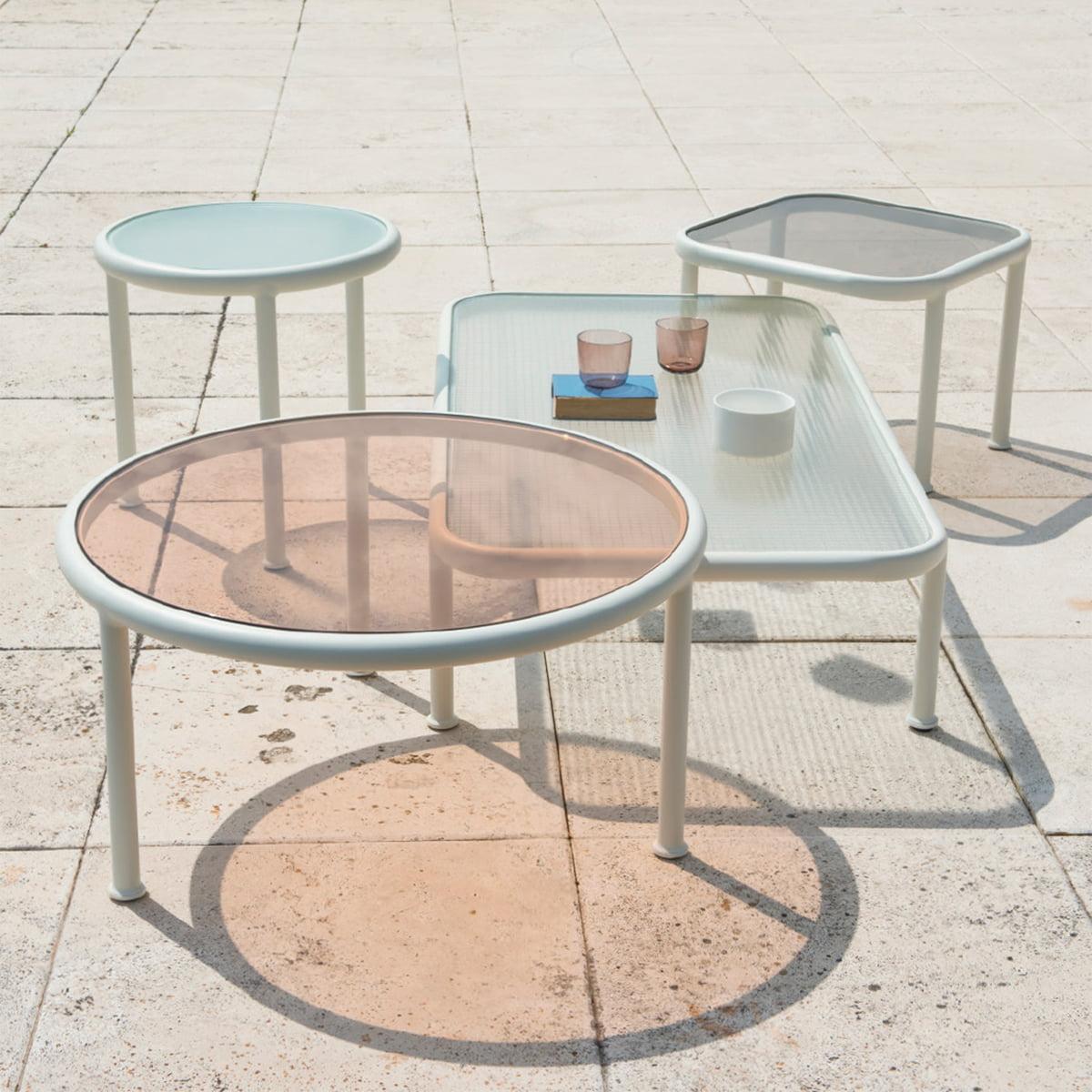 table dock carr e d 39 emu boutique connox. Black Bedroom Furniture Sets. Home Design Ideas