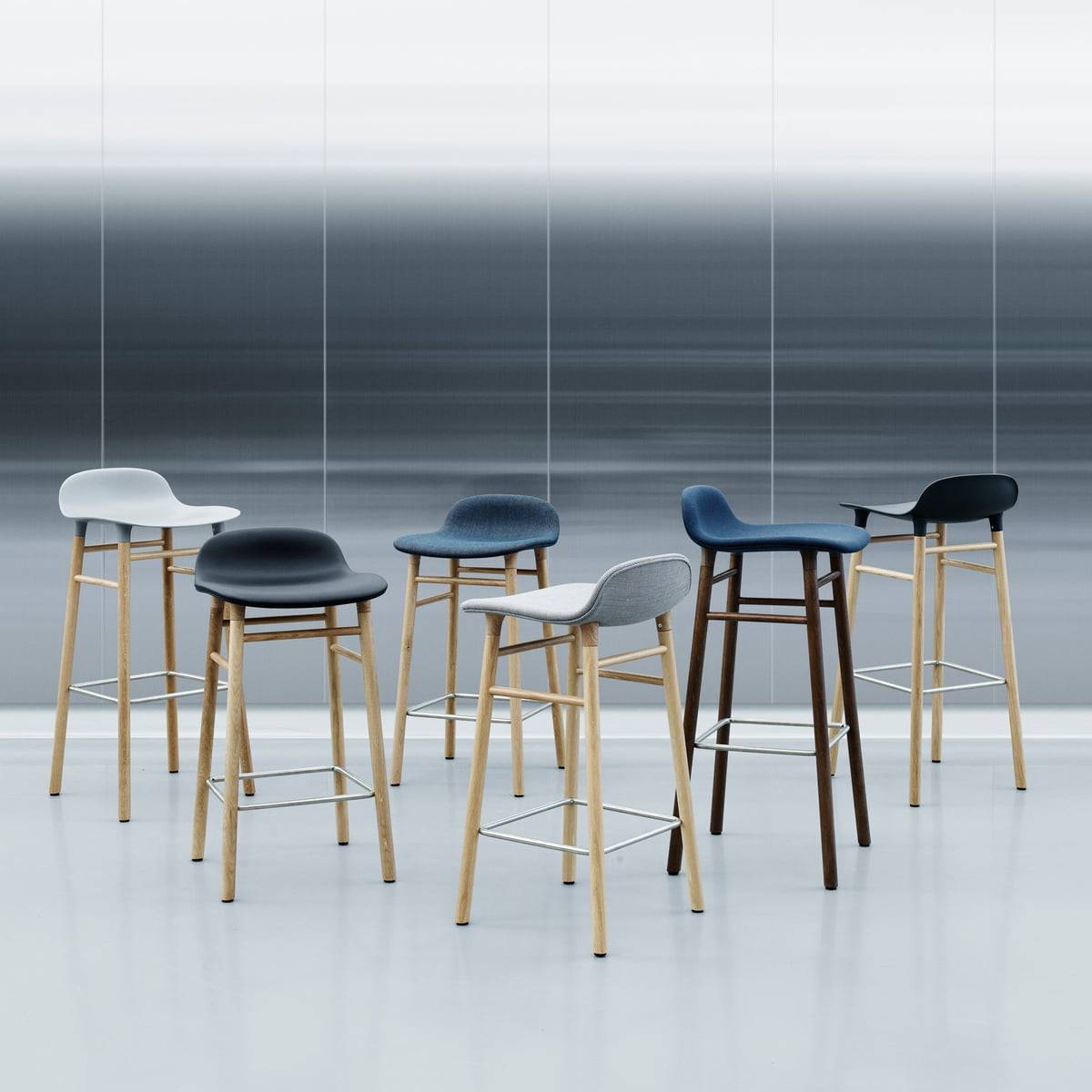 tabouret form 65 cm par normann copenhagen. Black Bedroom Furniture Sets. Home Design Ideas