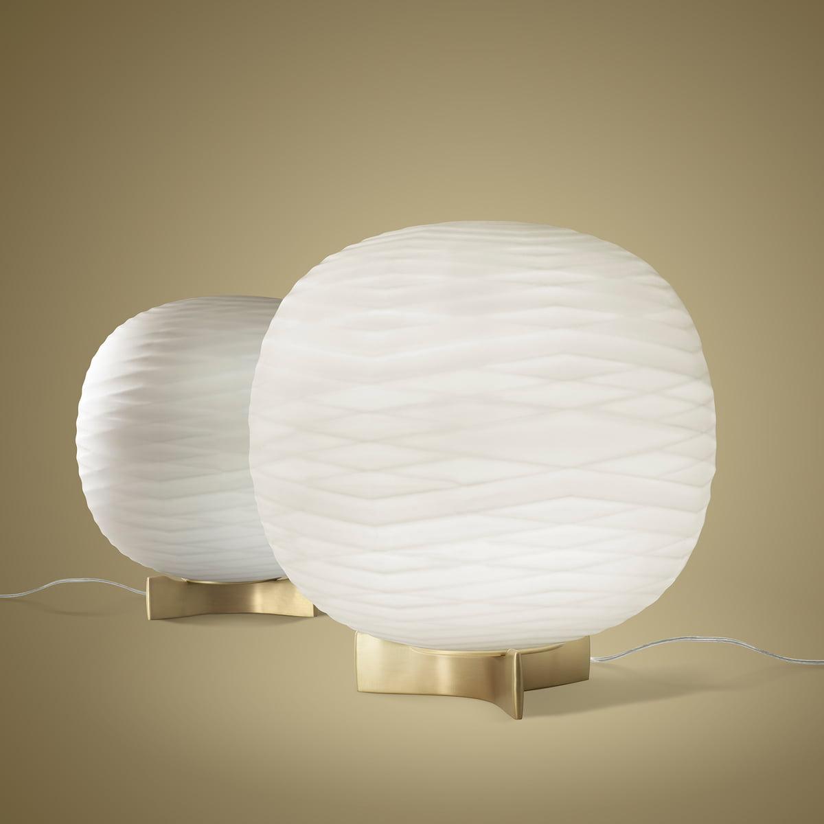 lampe de table gem par foscarini connox. Black Bedroom Furniture Sets. Home Design Ideas
