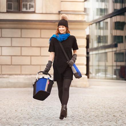 Le shoulderbag et carrybag patchwork de reisenthel
