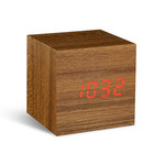 Gingko - Cube Click Clock, teck/LED rouge