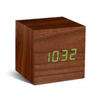 Gingko - Cube Click Clock, noyer/LED verte
