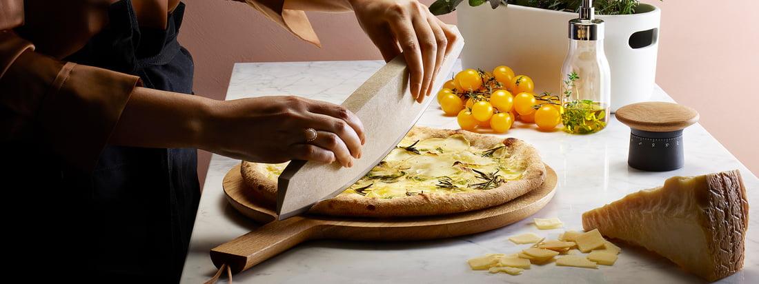 Eva Solo - bannière du fabricant. Eva Solo offre des ustensiles de cuisine et des accessoires qui facilitent la cuisine et la cuisson en cuisine. Les produits se distinguent également par leur design élégant.