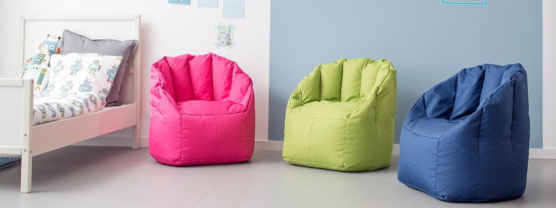 Le mini-fauteuil Shell de Sitting Bull est disponible en plusieurs couleurs adaptées aux enfants. Le sac de siège pour enfant n'est pas seulement un joyeux bouquet de couleurs, mais grâce à son tissu polytex robuste, il est aussi particulièrement facile à nettoyer - idéal pour la chambre des enfants.