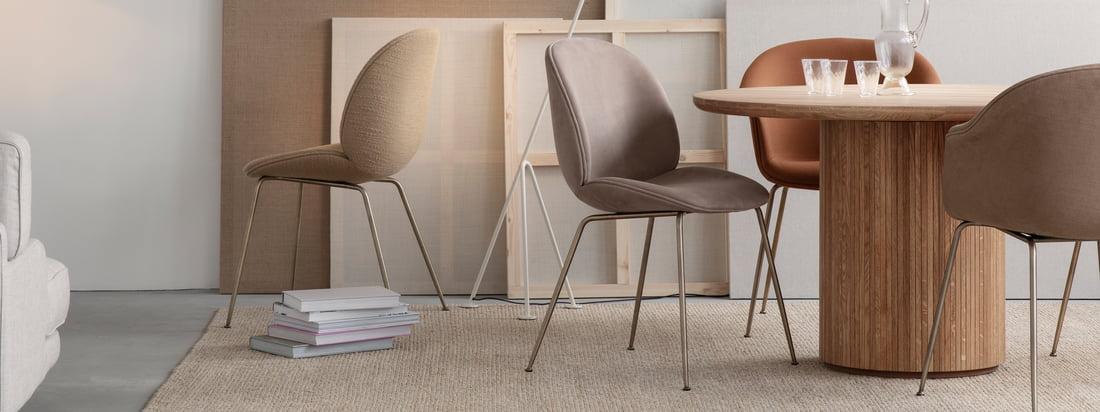 Que ce soit au bureau, à la maison, à l'intérieur ou à l'extérieur, que ce soit pour manger, se détendre ou travailler : La chaise Beetle promet un confort d'assise intemporel avec sa coque stable et son intérieur doux et confortable.