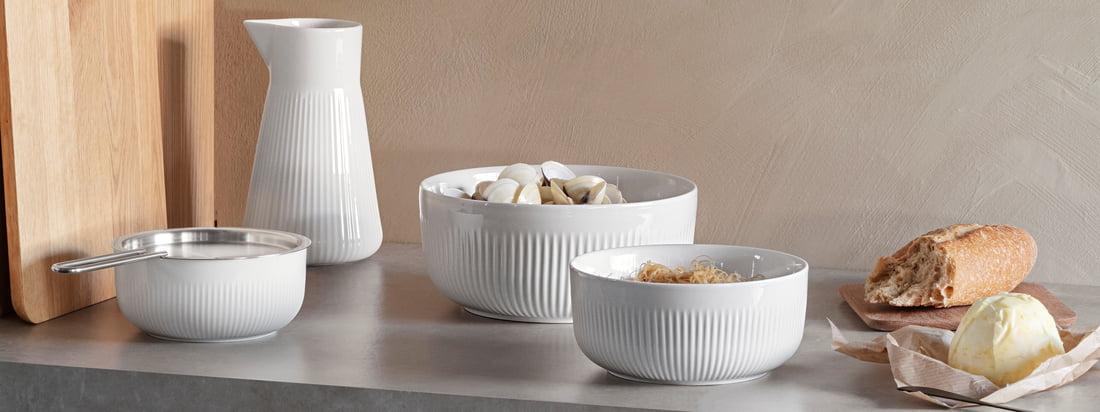Le bol Legio Nova Thermo d'Eva Solo dans la vue Ambiente. Les bols en porcelaine de différentes tailles créent un look moderne en se combinant les uns aux autres.