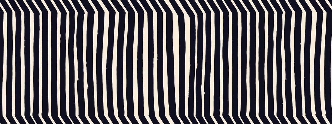 Le motif Kalasääski de Marimekko se caractérise par des lignes esthétiques et disproportionnées qui reflètent les merveilles de la nature. Dans une disposition spéciale, elles rappellent le balbuzard pêcheur qui a donné son nom au motif.