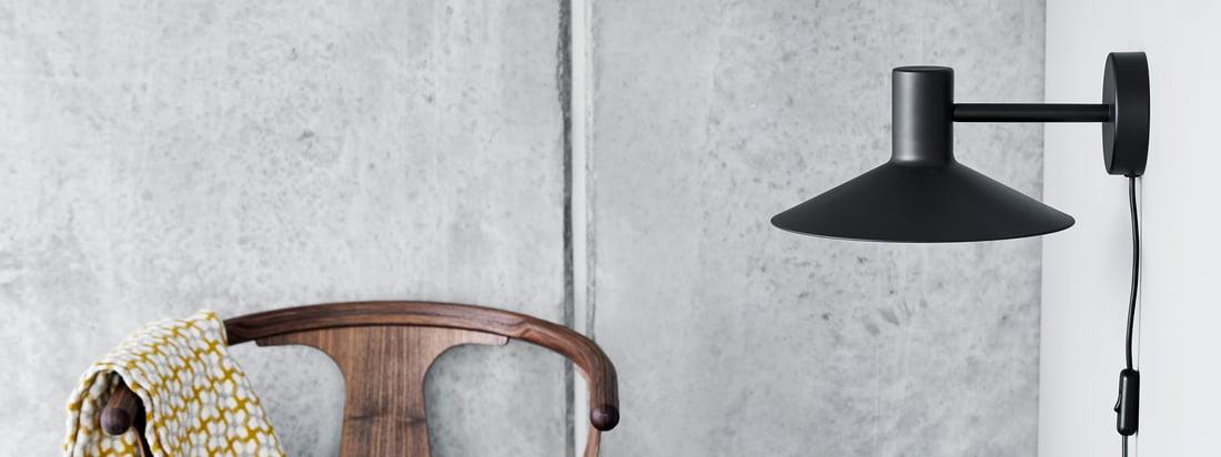 La série Minneapolis de Frandsen inspire par son langage de conception unique et clair. L'abat-jour large et plat, qui semble presque japonais, est caractéristique.