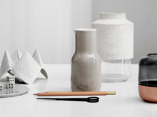 Menu - Willmann Vase - Design Interview - Schreibtisch