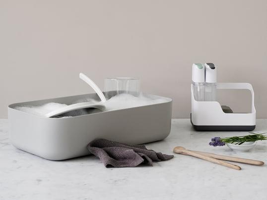 L'évier de vaisselle et l'égouttoir Dishy de Rig-Tig by Stelton sont une création du designer scandinave Jens Fager et un compagnon apprécié près de l'évier.
