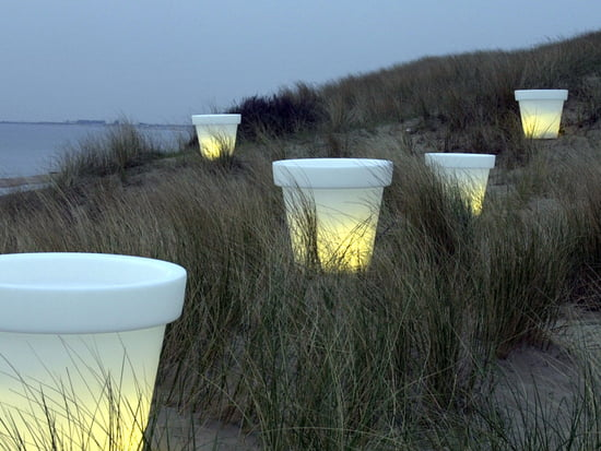 Objets lumineux cubes et autres connox for Cube miroir habitat