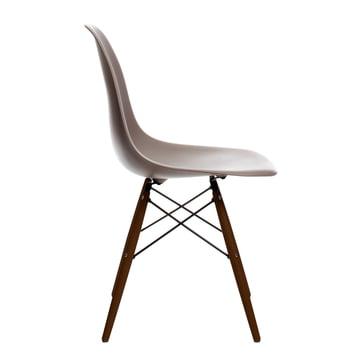 Vitra - Eames Plastic Side Chair DSW, érable foncé / gris mauve, patins feutre noirs