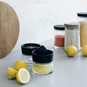 Presse-agrumes et râpe avec bocaux de conservation Grand Cru par Rosendahl
