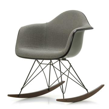 vitra - fauteuil eames en plastique rar (rembourré)   connox
