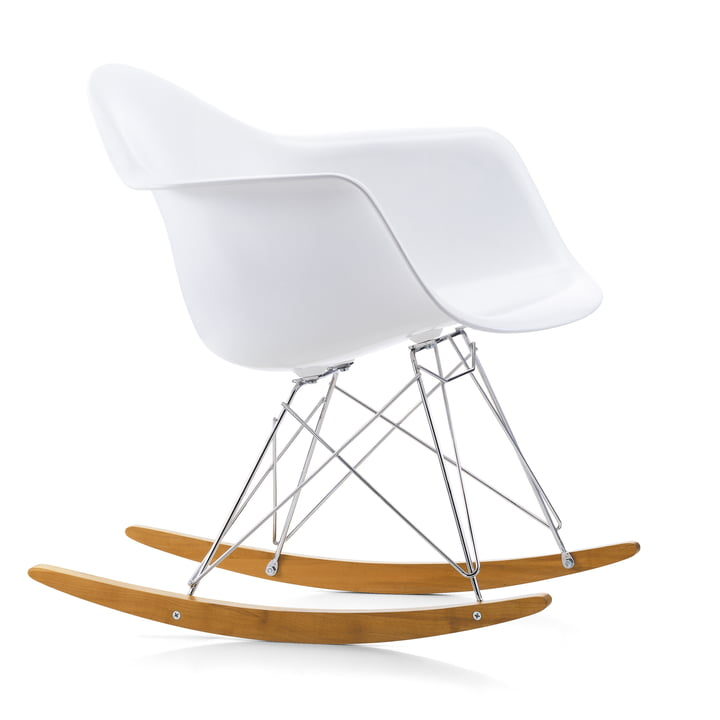 Eames Fauteuil en plastique RAR by Vitra en érable jaunâtre / chromé / blanc