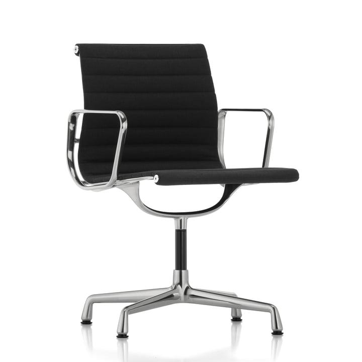 EA 103 Chaise de bureau polie / Hopsack nero, patins en feutre (pour sols durs) par Vitra