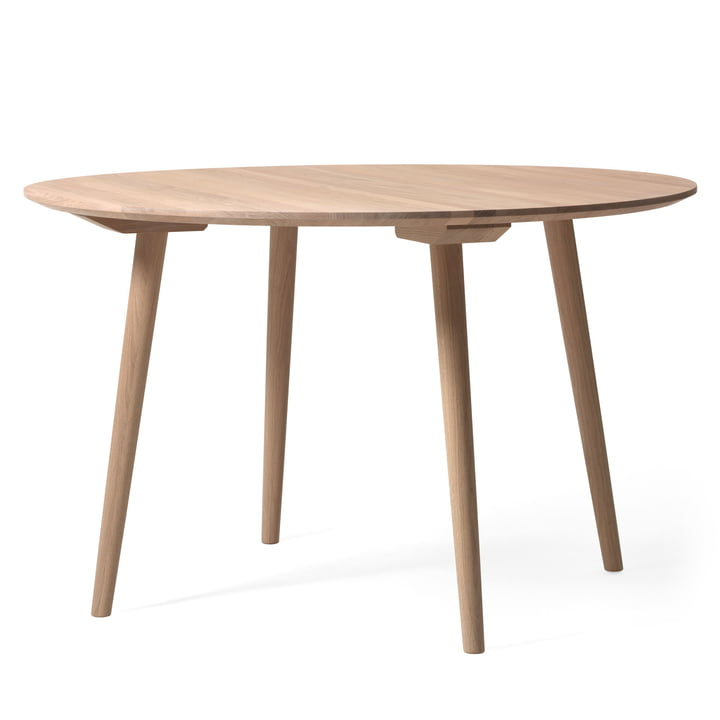 Table In Between SK4 Ø 120 cm par &Tradition en chêne blanc huilé