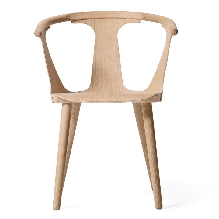Chaise In Between SK1 par & Tradition en chêne blanc huilé