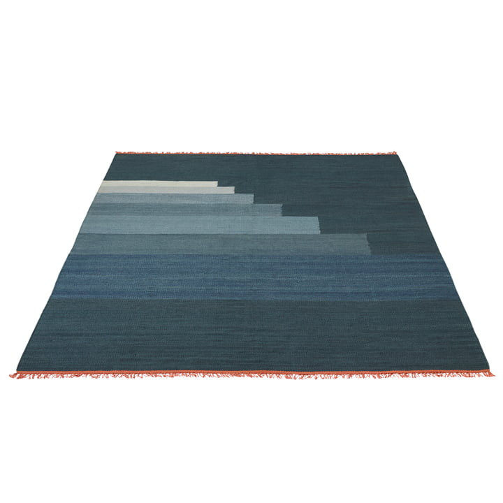 Another Rug AP4 Tapis par &Tradition en bleu orage