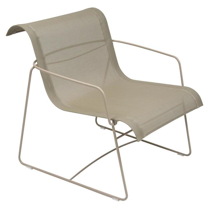 La chaise Flower par Fermob en muscade
