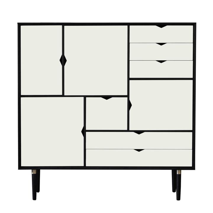 Commode S3 d'Andersen Furniture en chêne laqué en noir / façades blanches