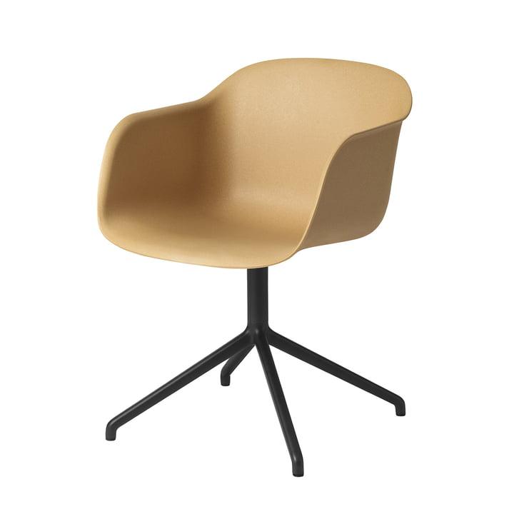 Fiber Chair Swivel Base de Muuto en noir / ocre