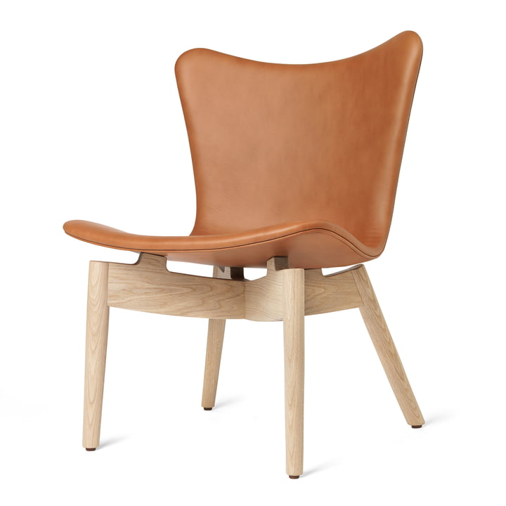 Shell Lounge Chair par Mater en chêne laqué mat / cuir Ultra Brandy