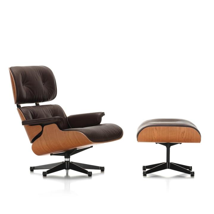 Vitra - Lounge Chair & Ottoman, poli/ côtés noirs, merisier américain. merisier / cuir naturel chocolat (Patins en matière plastique)
