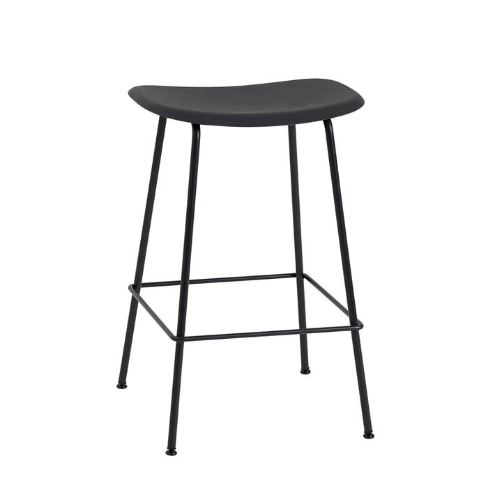 Tabouret de bar Fibre / structure en métal H65 par Muuto en noir