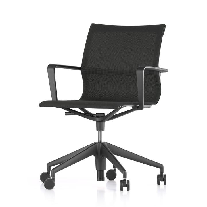 La chaise pivotante de bureau Physix Studio par Vitra, revêtement FleeceNet noir, cadre noir profond, roulettes souples pour les sols durs