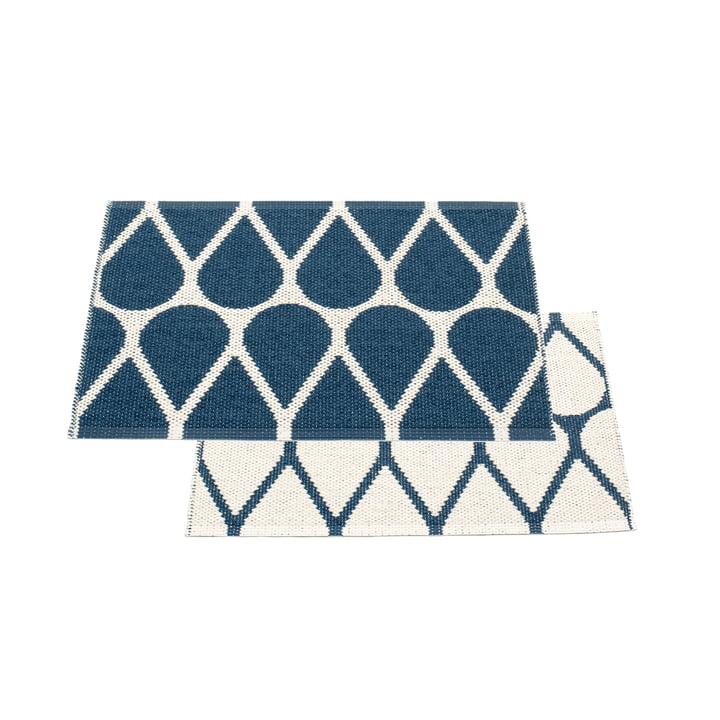 Tapis réversible Otis, 70 x 50 cm en bleu océan / vanille par Pappelina