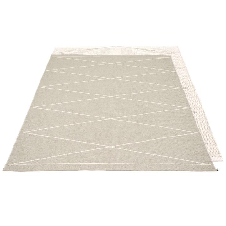 Max tapis réversible, 180 x 260 cm en lin / vanille par Pappelina