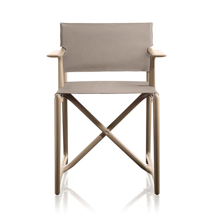 La chaise de réalisateur Stanley par Magis en beige