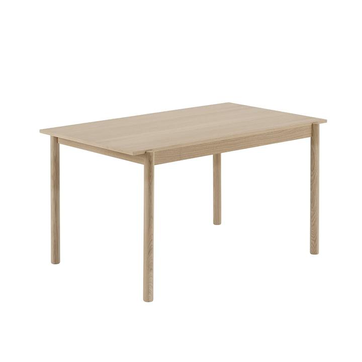 Table à manger linéaire en bois 140 x 85 cm en chêne par Muuto
