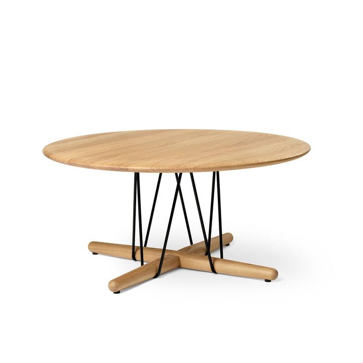 E021 Table basse Embrace, Ø 80 x H 38 cm en chêne huilé / noir par Carl Hansen