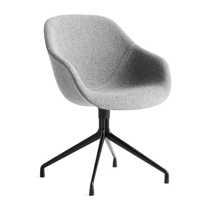 A propos de la chaise AAC 121, aluminium thermolaqué noir / gris flamboyant C8 by Hay
