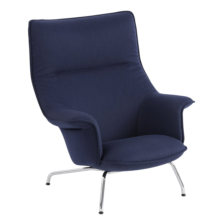 Doze Lounge Chair by Muuto avec base chromée / revêtement bleu foncé (Balder 782)